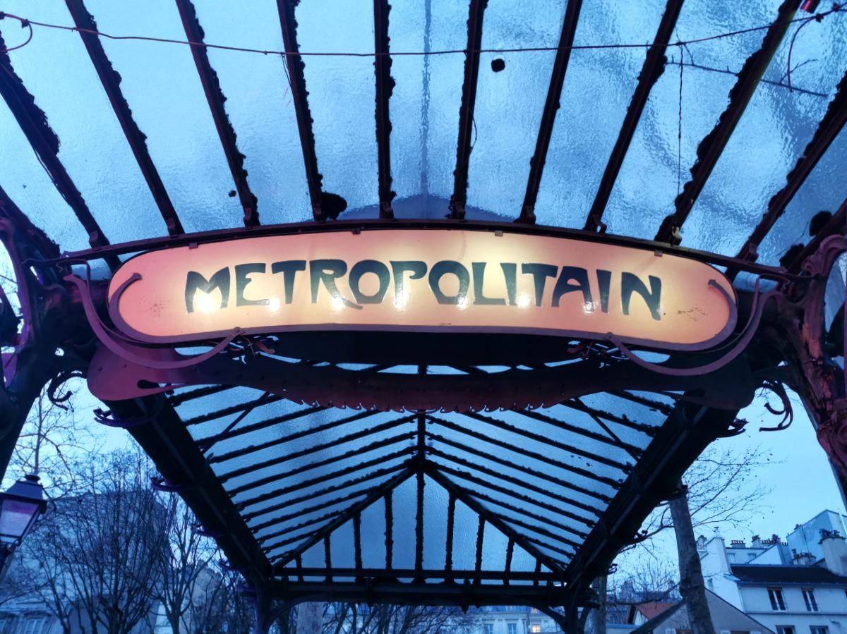 como moverse por París en transporte público